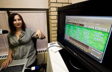 Kelly Pereira demonstrates Donate2Play